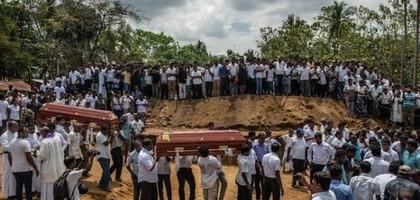 Kerk van Sri Lanka blijft niet bij de pakken zitten