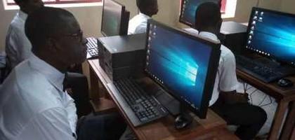 Réduire la fracture numérique